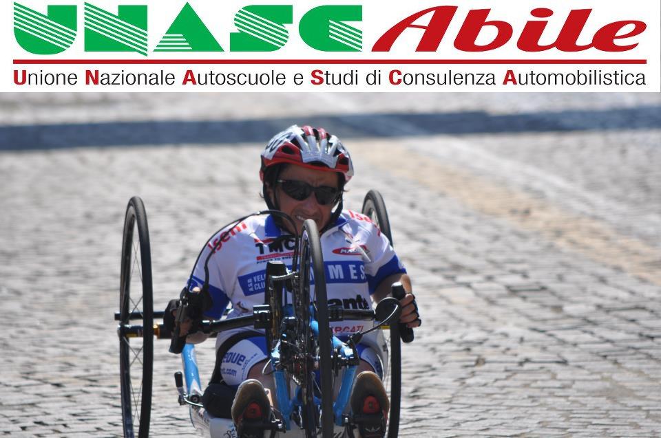 handbike Grazia Turco è la testimonial di UNASCAbile per la Puglia.